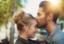 Lakukan Hal ini Agar Hubunganmu dan Pasangan tetap Harmonis