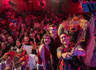 Begini Potret Keseruan Tom Holland dan Chris Hemsworth Jumpa Fans di Bali
