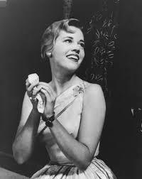 10 Gaya Rambut Ikonik ala Jane Fonda