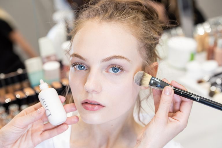 Primer Tahan Banting dari Dior Ini Bikin Makeup Awet di Suhu 34 Derajat Celcius!