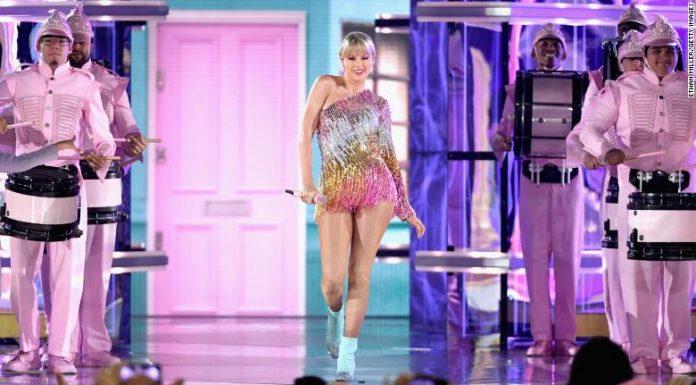 Taylor Swift Umumkan Detail Perilisan Album TS7,