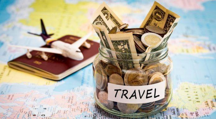 Penting! Tips Menghemat Uang saat Berlibur