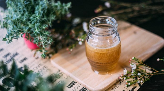 5 Resep Eksfoliasi Alami yang Mudah dari Dapur Sendiri
