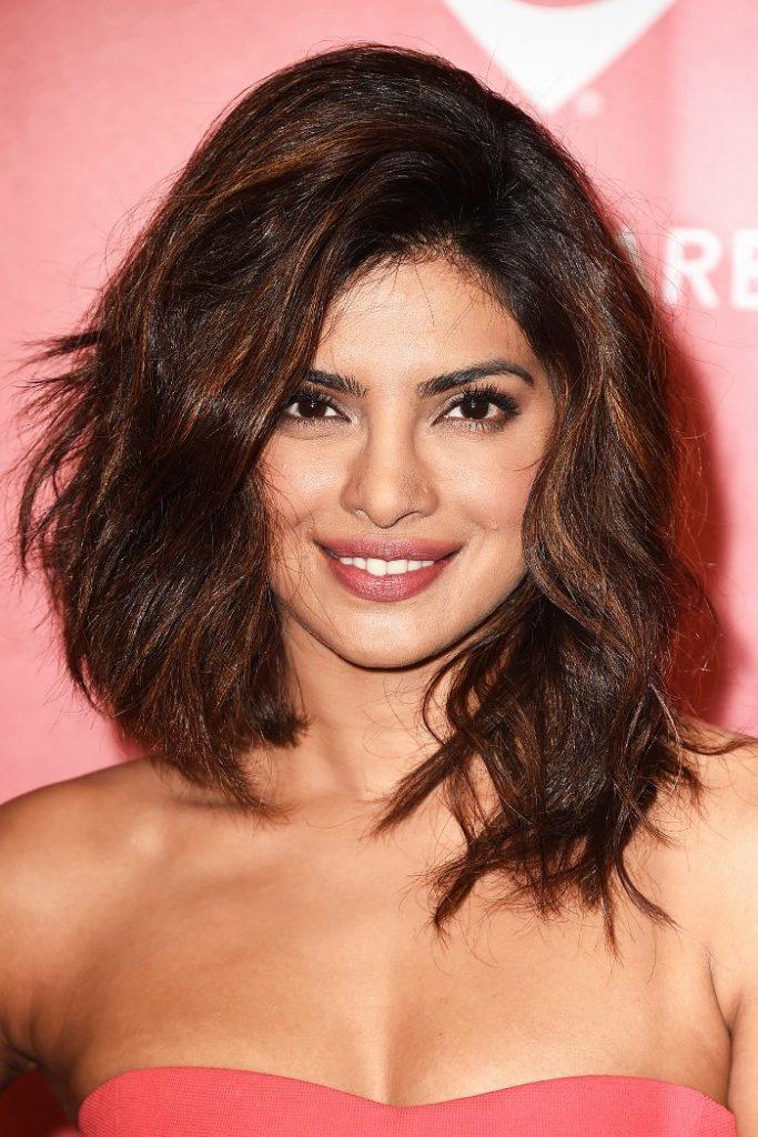 10 Gaya Rambut Terbaik Priyanka Chopra