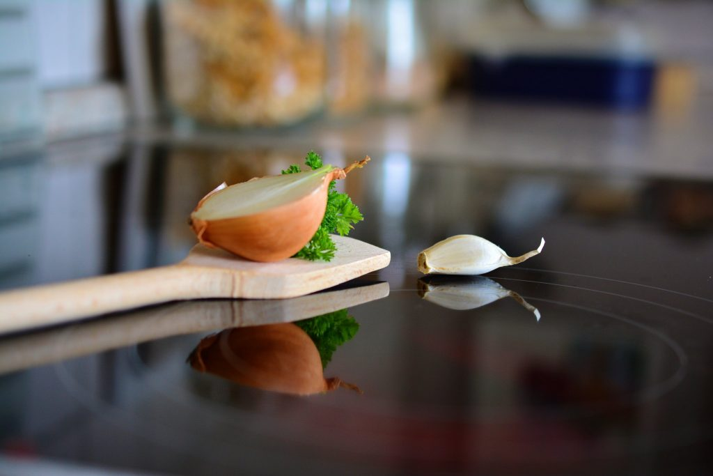 7 Cara dan 4 Jenis Makanan untuk Meningkatkan Kesehatan Lambung