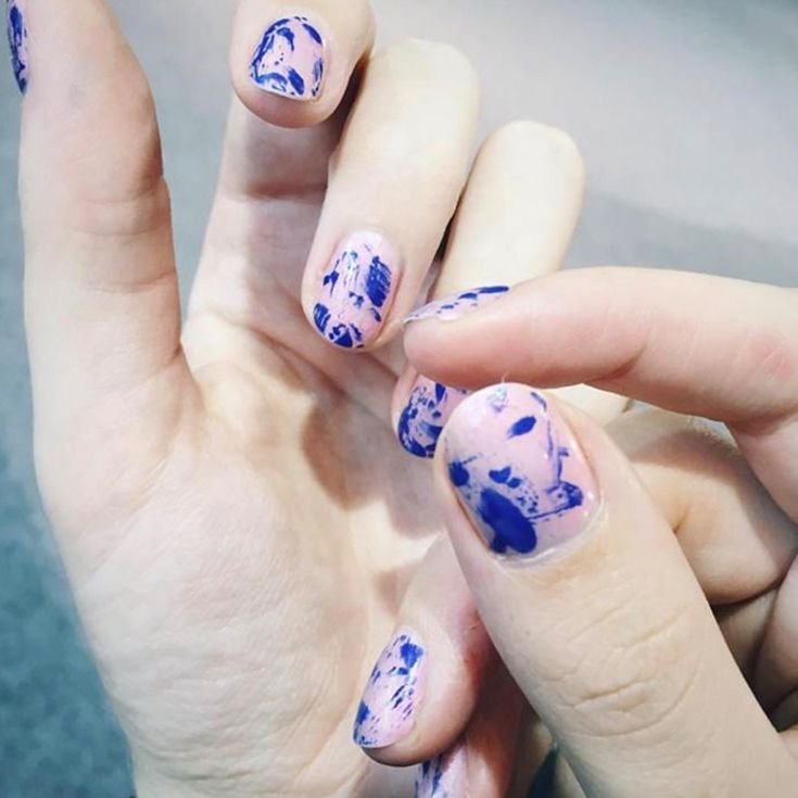 Inspirasi Nail Art Mudah yang Bisa Kamu Coba Sendiri
