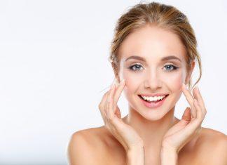 Tips Mendapatkan Kulit Wajah Bersinar Dengan Makeup Minim