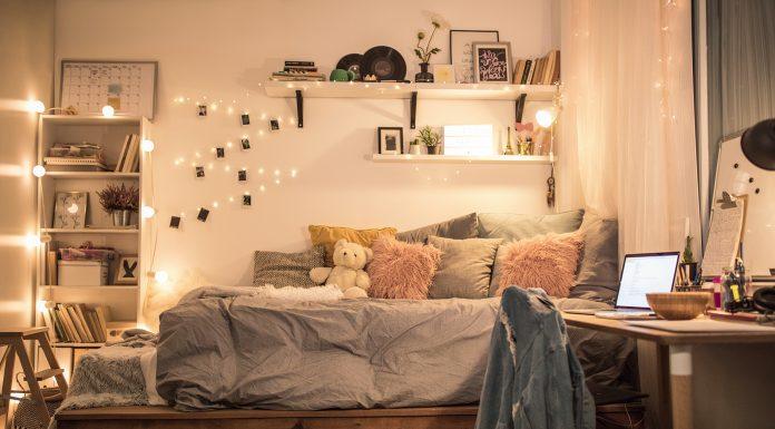 Beri Sentuhan Rumah di Kamar Kos dengan Dekorasi Berikut Ini