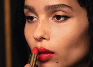 Zoë Kravitz Luncurkan Koleksi Lipstik Cantik Bersama YSL