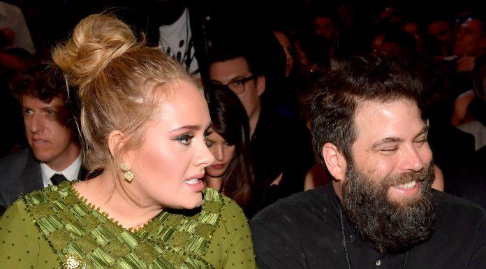 Adele Akhirnya Ajukan Cerai Pada Sang Suami Setelah Umumkan Perpisahan 5 Bulan Lalu