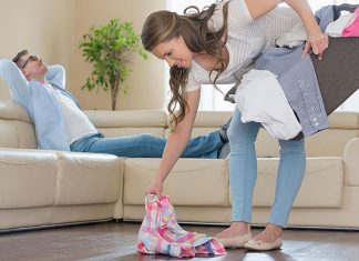 Begini Cara Menghadapi Suami 'Pemalas'