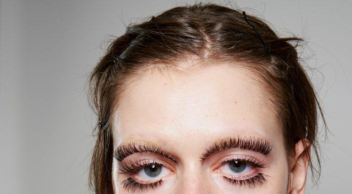 Fungsi Baru Bulu Mata Palsu dan Berbagai Makeup Unik di Gucci Spring Runway 2020