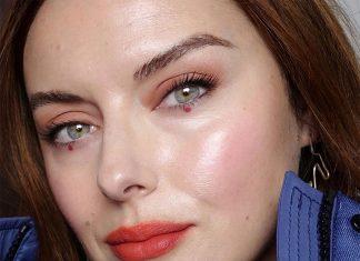 4 Rahasia Makeup Glowing Menggunakan Produk Skincare ala Katie Jane Hughes