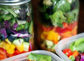 Seni Mengemas Salad yang Tetap Segar Sepanjang Pekan!
