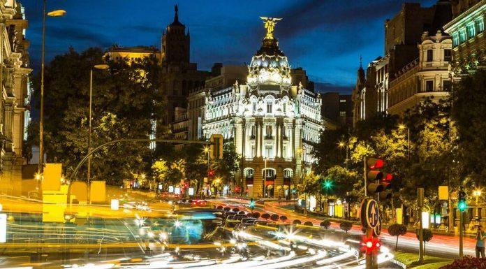 Telusuri Malam di Madrid, Kenali Ibu Kota Eropa Lebih Dalam