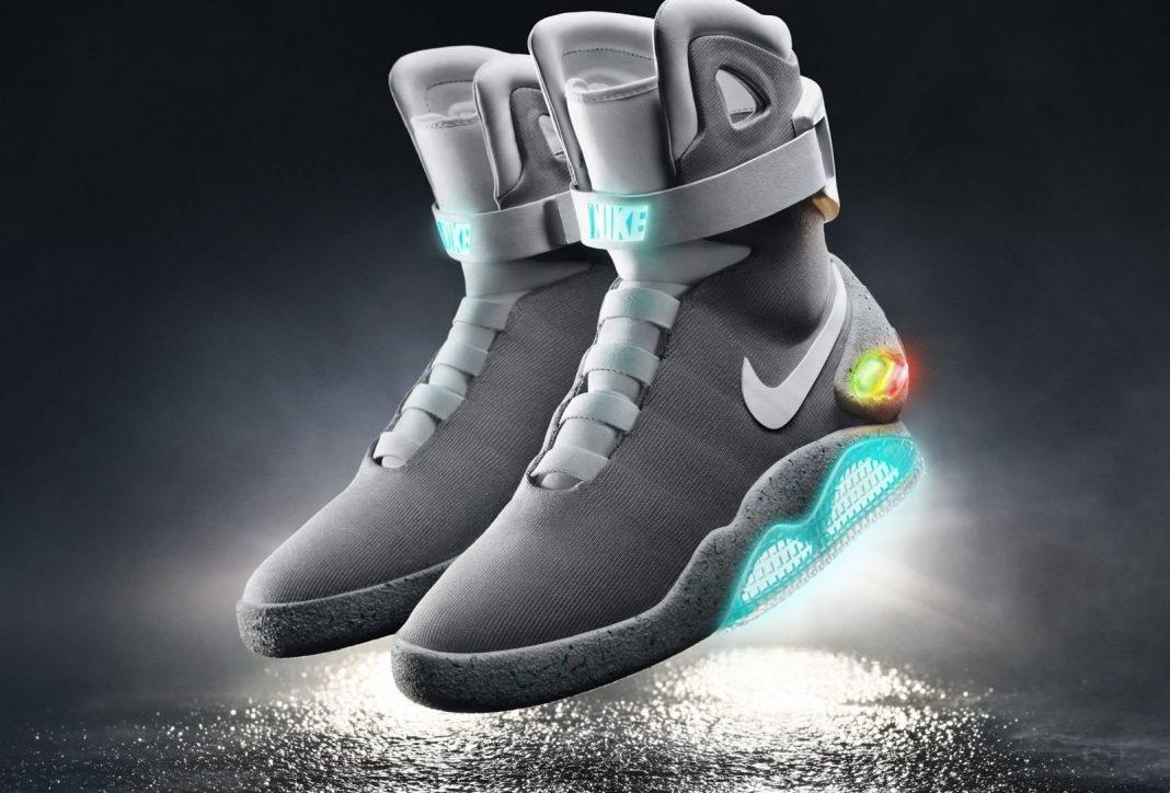 Nike Ciptakan Inovasi Kendali Ikat Tali Sepatu Gaya 'Marty McFly' dengan Apple Siri