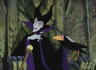 Bukannya para princess, kolaborasi makeup Disney da Funko kali ini malah terinspirasi dari karakter villains Disney yang tidak kalah menarik, Ladies.