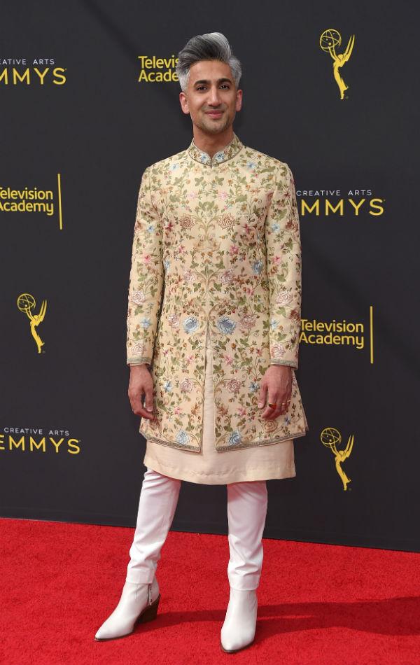 Sophie Turner Mengalami Fashion Emergency di Karpet Merah Emmy 2019
