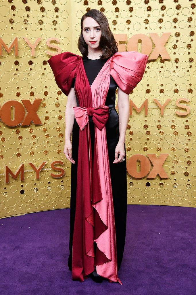 Pink dan Merah Jadi Kombinasi Seru di Karpet Merah Emmy 2019