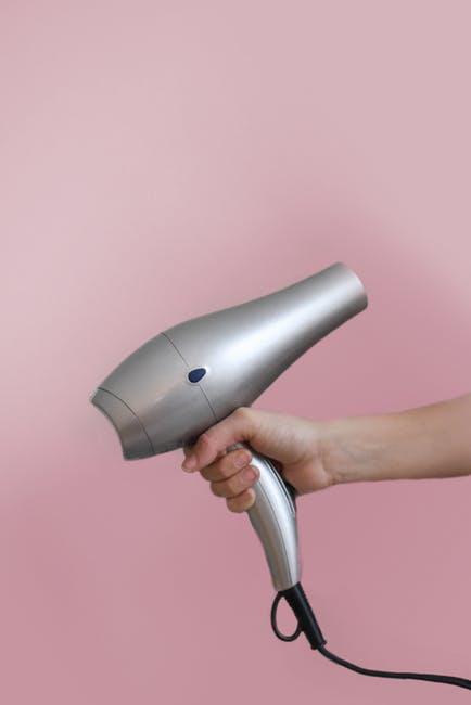 Tips Menangani Helai Rambut Rusak