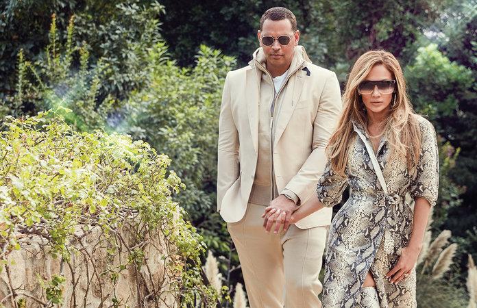 Tampil Sempurna Saat Musim Dingin, Ini 3 Aksesoris Kunci ala J.Lo