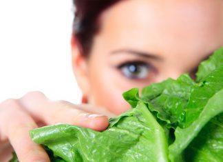 10 Makanan Terbaik untuk Kesehatan Mata Menurut Ophthalmologist