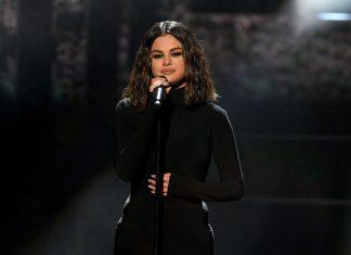 Tampil Sumbang di American Music Awards 2019, Selena Gomez Jadi Bulan-bulanan