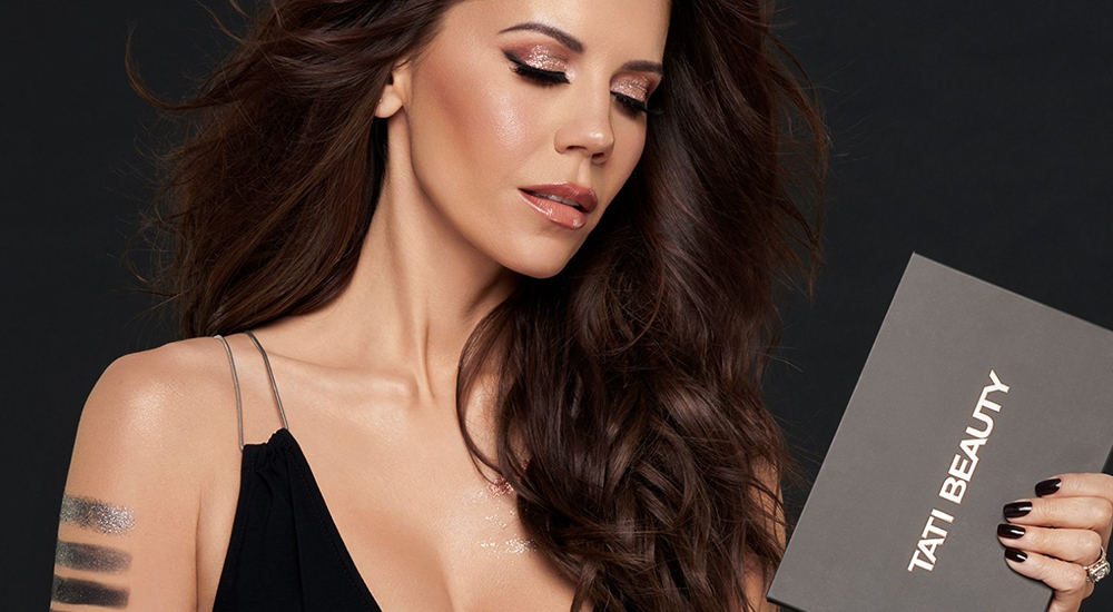 Black Friday, Tati Westbrook Rilis Lini Makeup Terbaru