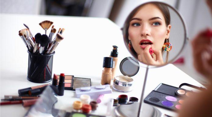 Beauty Hack dan Tips Makeup dari YouTube, Bikin Cantik Makin Gampang