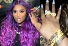 Milky Nails Ala Lizzo Digadang-gadang Jadi Salah Satu Trend di Tahun 2020