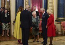 """Ini Sebenarnya Percakapan Queen Elizabeth dan Princess Anne Di Video Viral """"Kedikan Bahu"""""""