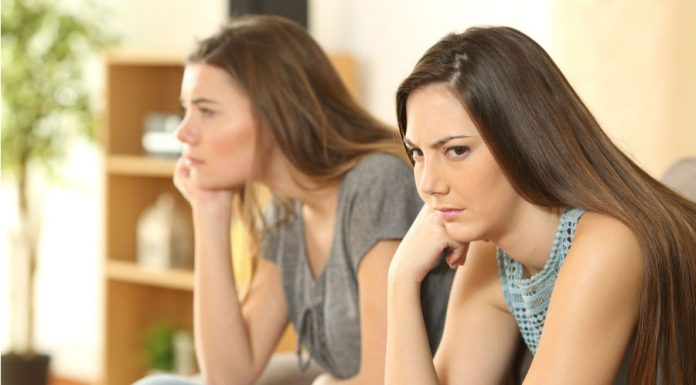 5 Tanda Ikatan Persahabatanmu Merenggang