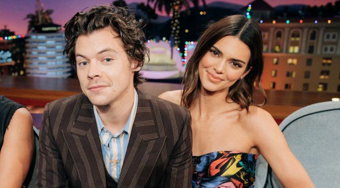 Harry Styles Bermain 'Spill Your Guts' Bersama Sang Mantan, Kendall Jenner