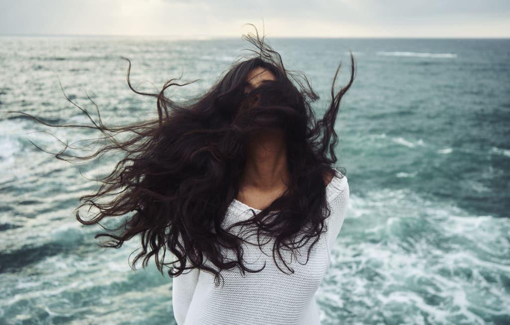 Tips Perawatan Kulit dan Rambut Sehat untuk Para Pelancong