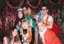 Intip Keseruan Pesta Ulang Tahun Ke-30 Taylor Swift, Mulai dari Cat-Cake Sampai Holiday Theme!