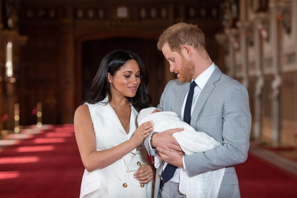 Beberapa Fakta Penting Mundurnya Prince Harry dan Meghan Markle dari Kerajaan Inggris
