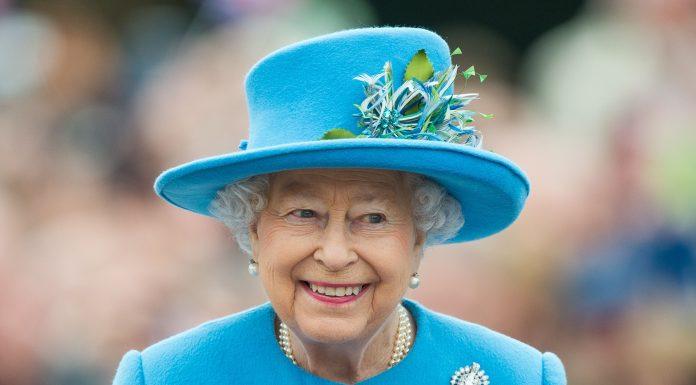Queen Elizabeth Angkat Bicara Tentang Keputusan Harry-Meghan Markle Untuk Mundur