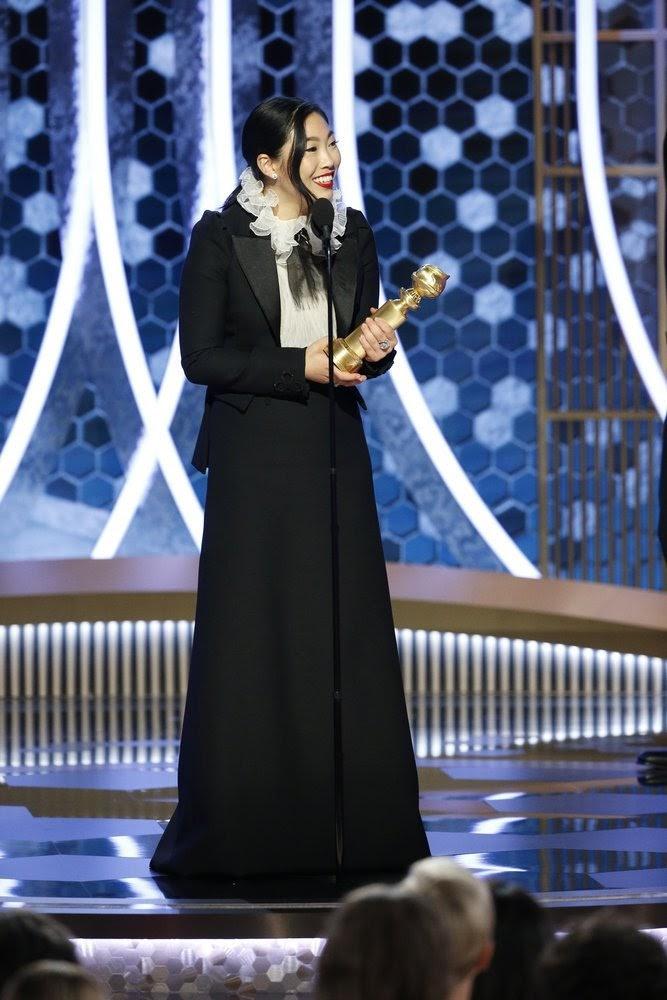 Torehkan Sejarah Baru di Golden Globe 2020, Awkwafina Jadi Sorotan!