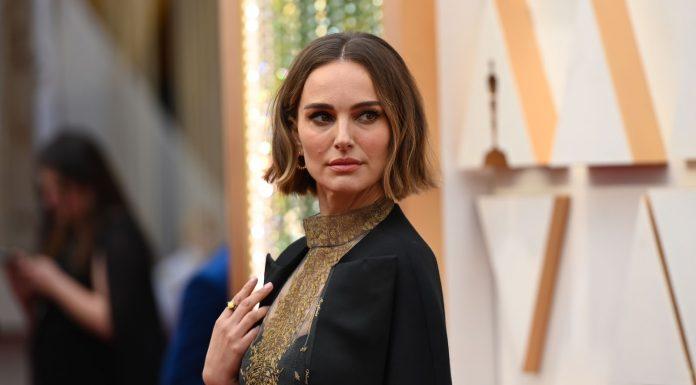 Aksi Protes Natalie Portman yang Elegan untuk Dukung Sutradara Perempuan