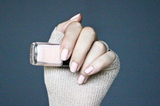 Cat Kuku Paling Cocok untuk Semua Orang Menurut Nail Artist Fashion Week Tahun 2020