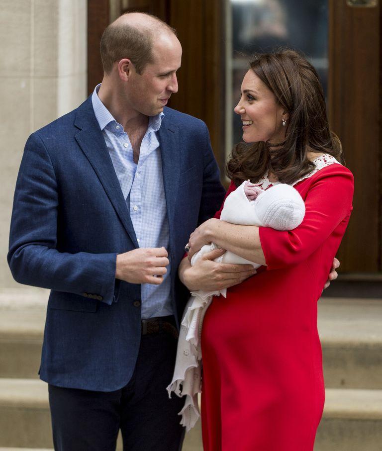"""Kate Middleton Akui Berfoto Setelah Melahirkan Prince George Sangat """"Mengerikan"""""""