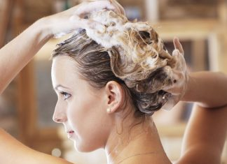 5 Rekomendasi Sampo Anti Ketombe yang Ampuh Bersihkan Rambut