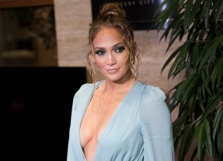 """Jennifer Lopez Mengaku """"Sedih"""" dan """"Kecewa"""" Tak Dapat Nominasi Oscar 2020"""