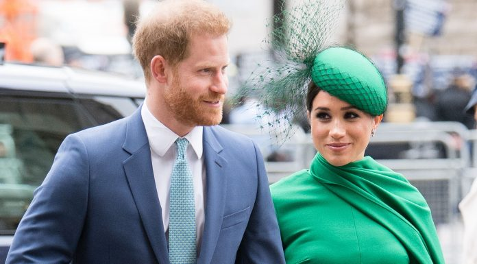 Perlahan Tapi Pasti, Meghan Markle dan Prince Harry Mulai Tak Gunakan Gelar Kerajaan