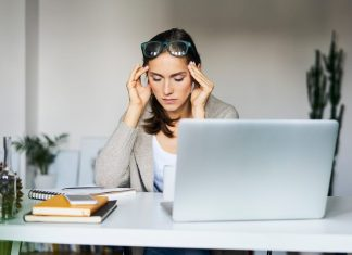 6 Cara Hadapi Stres Akibat Virus Corona, Yuk Praktikkan!