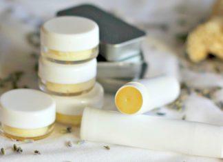 Bibir Tetap Terhidrasi Saat Karantina Diri Dengan DIY Lip Balm Beraroma Manis Berikut Ini