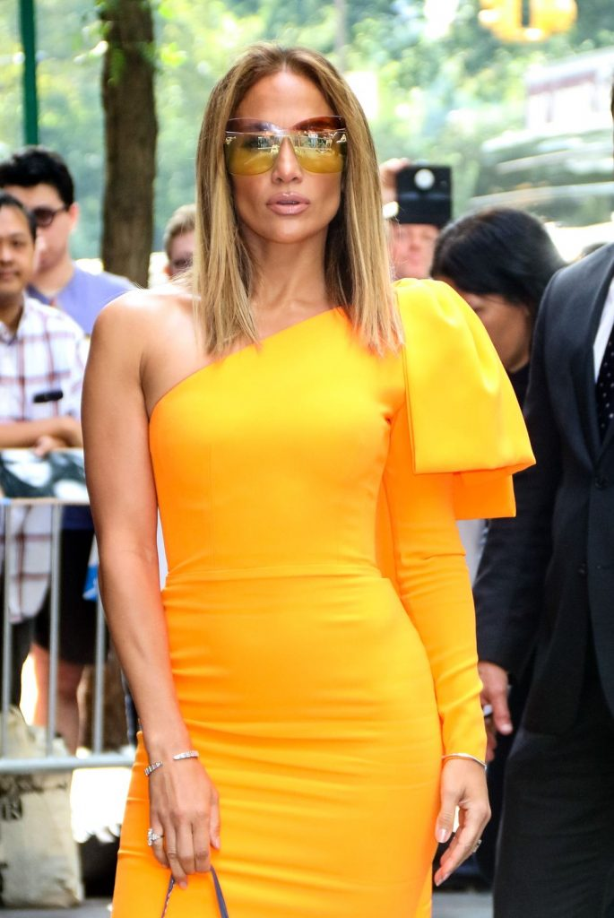 Yellow Sunglasses Diprediksi Menjadi Tren Fashion