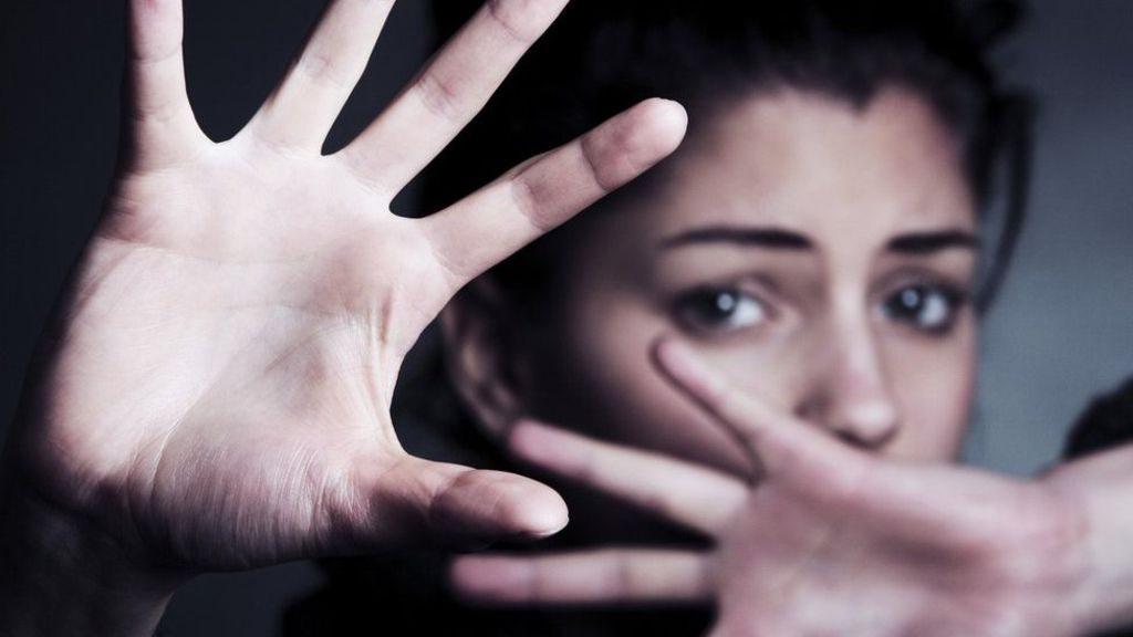 Lakukan Cara Ini Bila Terjebak dalam Karantina Bersama Pasangan yang KDRT