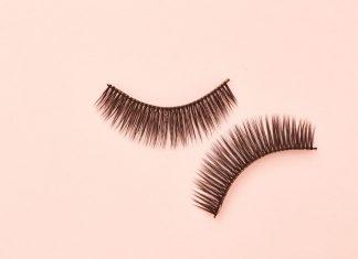 Cara Mudah dan Aman Melepas Eyelash Extensions Berdasarkan Ahli