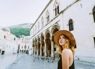 Aplikasi Terbaik yang Perlu Kamu Miliki Ketika Lakukan Solo Traveling
